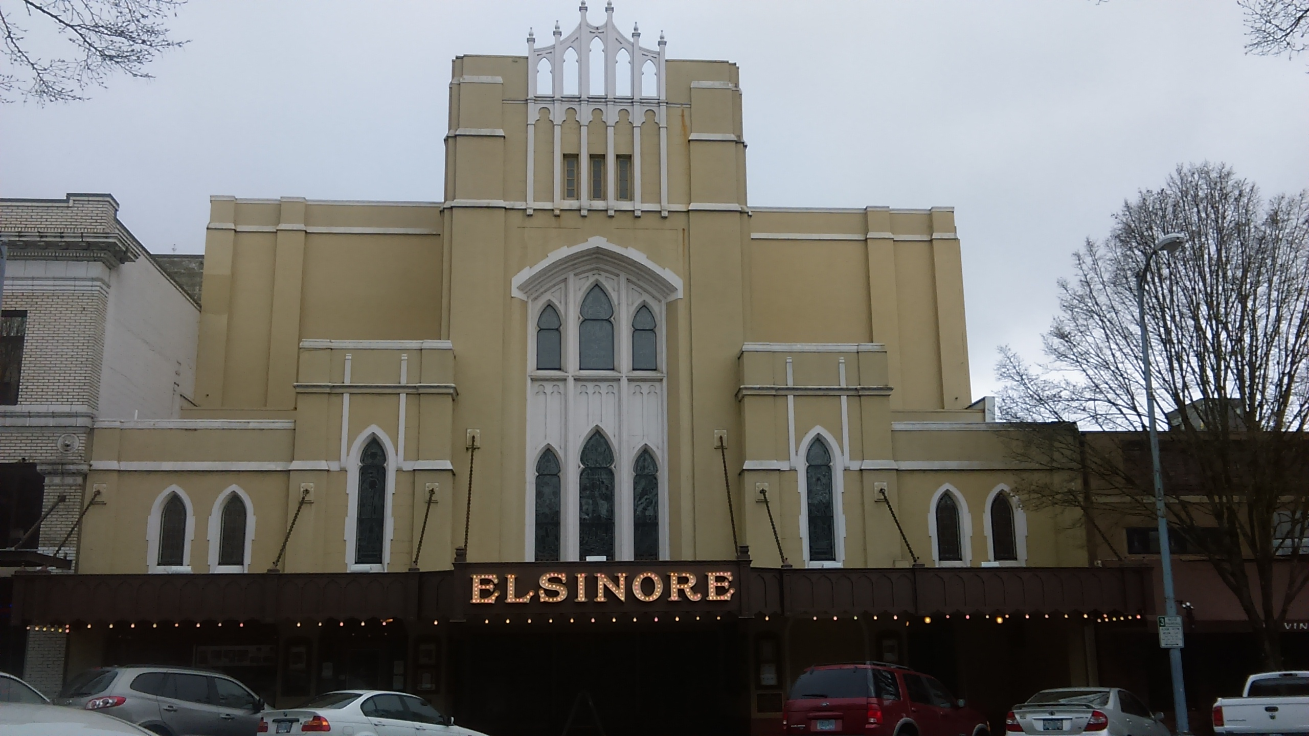 Elsinore theater, on high street in downtown Salem.